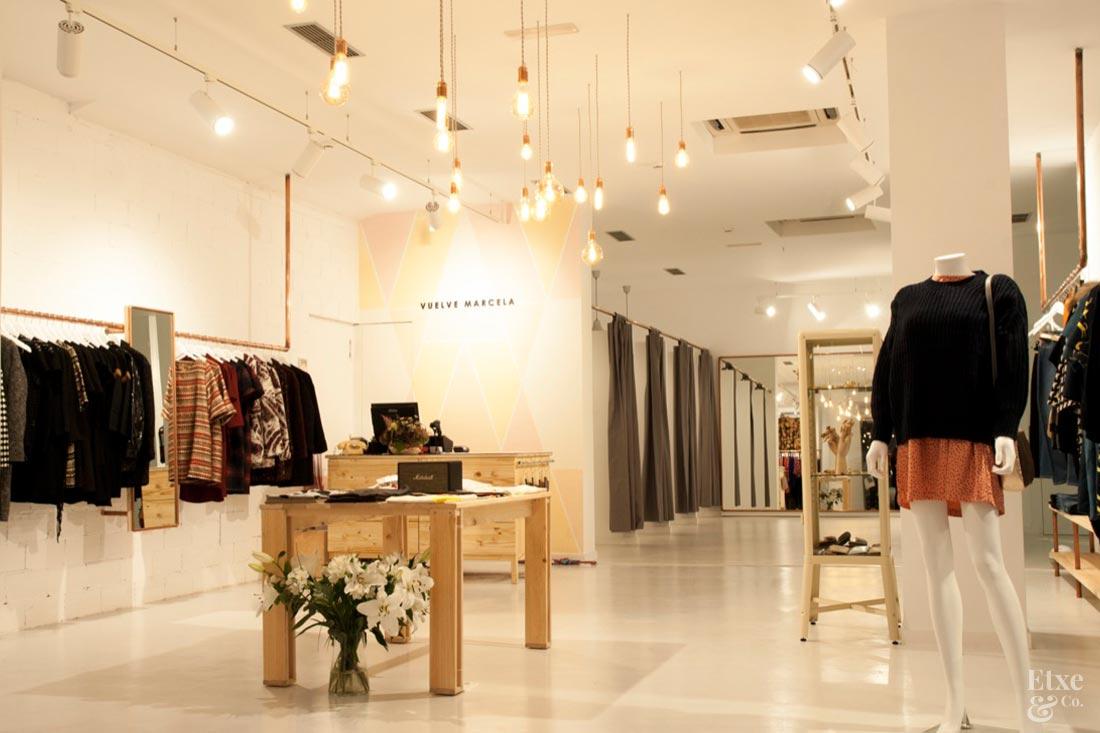 interiorismo tienda de ropa vuelve marcela en san sebastian
