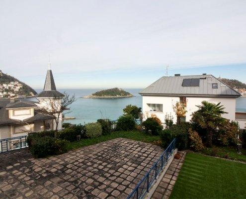 Casa con vistas a la playa de la concha en Donostia San Sebastián